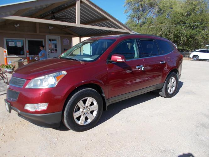 2010 CHEVROLET TRAVERSE LT 4DR